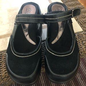 Rialto comfort shoe.leather & suede. 9M